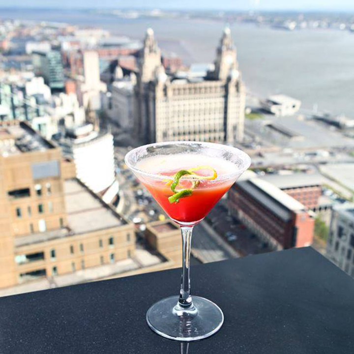 Cocktail with at view at Panoramic34