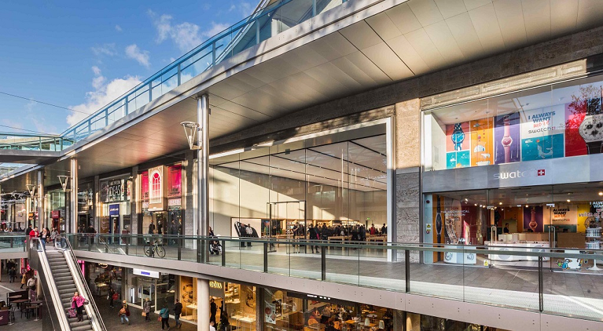 Liverpool Shops Visiting Liverpool? Then make sure you visit Liverpool ONE – a spectacular shopping destination near the waterfront, where you'll find the biggest and best range of Liverpool shops.