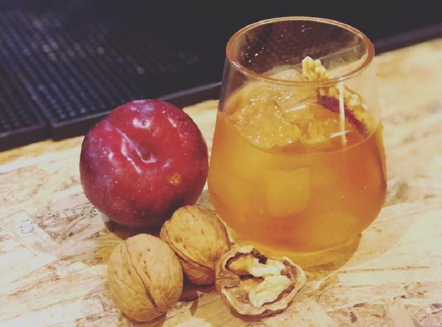 Christmas cocktails - Baltic Market - Old Fashioned plum and walnut