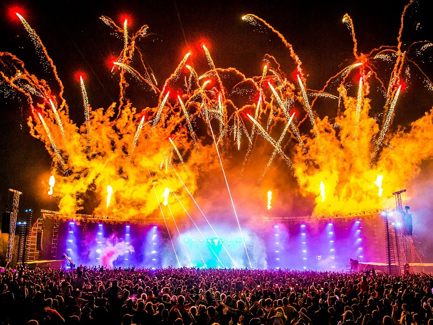 Creamfields Celebrates its 20th Anniversary - Signatures